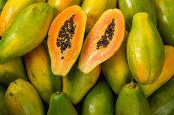 Bananes, kiwis et fruits exotiques